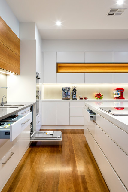 Hawthorn sa cabinetry modern kitchen adelaide by for Kitchen cupboards sa