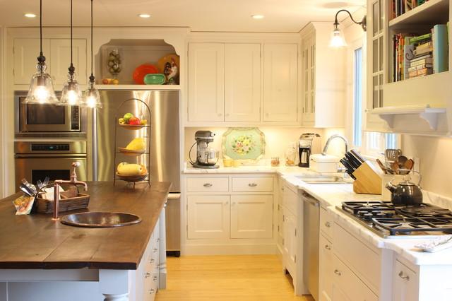 Elegant Kitchen Photo In Nashville With Stainless Steel Liances