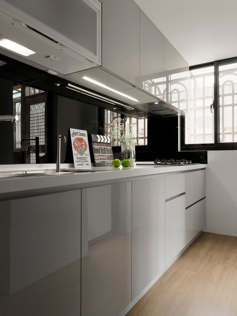 Kitchen Room Interior Design: HDB 4-Room At Woodlands By SpaceArt