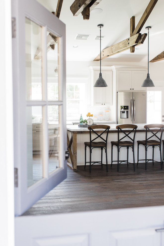 Inspiration for a country kitchen remodel in Phoenix