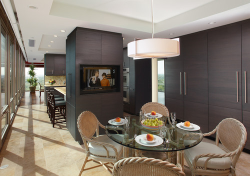 Modern Kitchen by Northbrook Architects & Designers Michael A. Menn