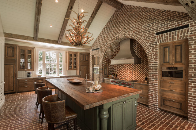 Hedwig rustic kitchen houston by thompson custom homes for Kitchen bricks design