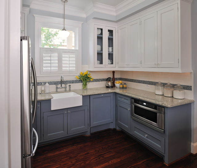 Inspiration For A Timeless Kitchen Remodel In Houston With Farmhouse Sink Blue Cabinets
