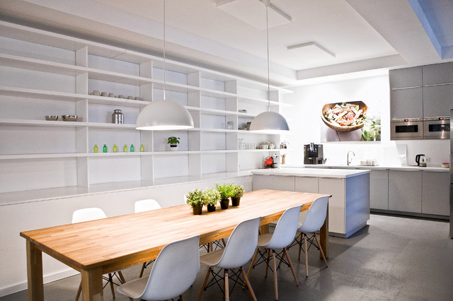 hellofresh gmbh modern kitchen berlin by sabine. Black Bedroom Furniture Sets. Home Design Ideas