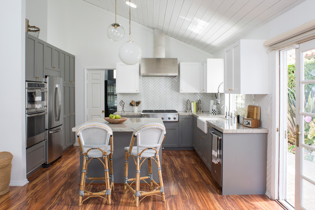 hgtv house hunters renovation culver city farmhouse kitchen los angeles by breeze. Black Bedroom Furniture Sets. Home Design Ideas