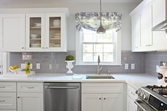 Hgtv House Hunters Renovation Transitional Kitchen New York By Donna Benedetto Designs Llc