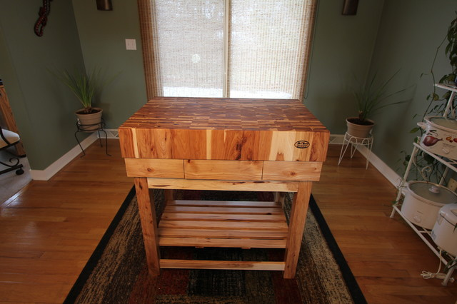 Hickory End Grain Butcher Block Kitchen Island Cart With Hickory Base  American Craftsman Kueche