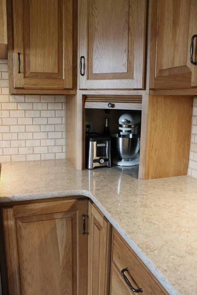 Hickory Kitchen - Farmhouse - Kitchen - Philadelphia - by ...