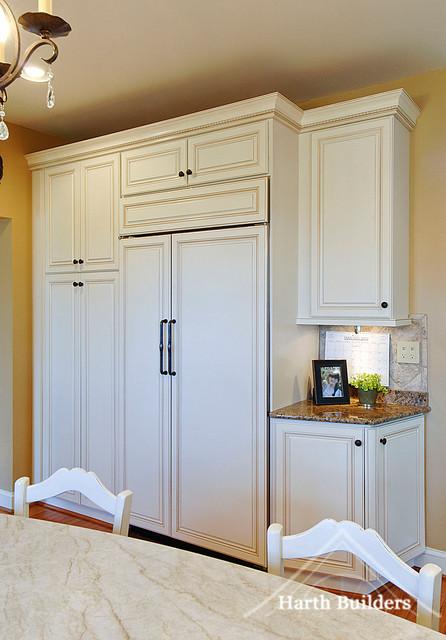 Hidden Refrigerator Traditional Kitchen Philadelphia
