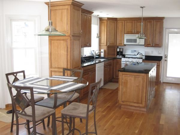 Hidden Valley Court, Bolingbrook IL - Traditional ...