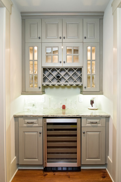 High Cotton In The Lowcountry traditional-kitchen
