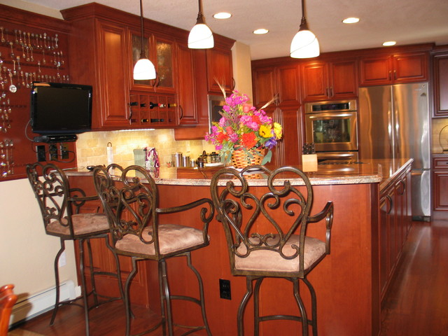 High Country Kitchens traditional-kitchen