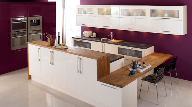 High Gloss Cream Kitchen Contemporary Kitchen Hampshire By B Q