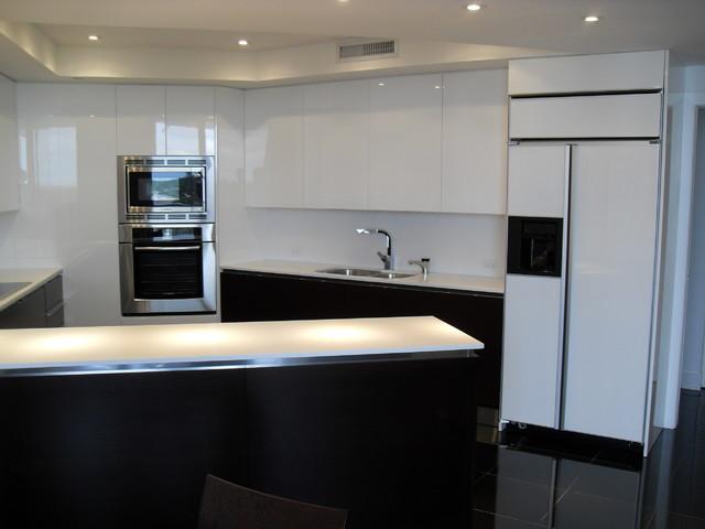 High Gloss White Amp Dark Wood Kitchen Modern Kitchen
