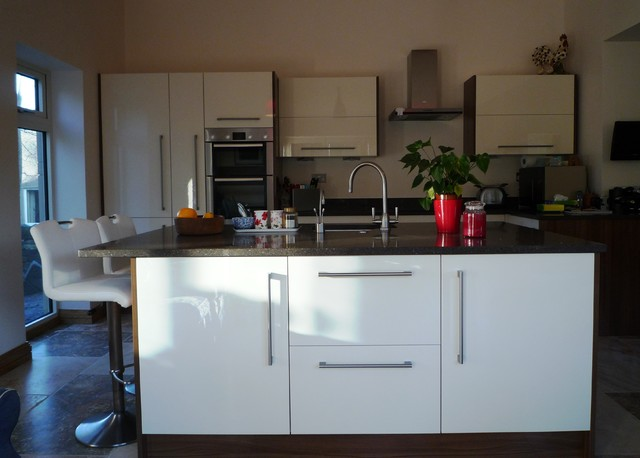 High Gloss White Walnut Kitchen Modern