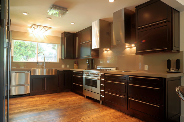 High Quality Stock/ Semi-Custom Cabinets - Traditional - seattle - by ...