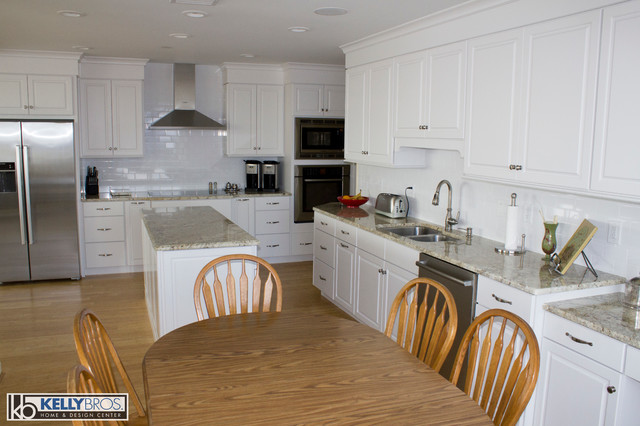 High Rise Remodel Transitional Kitchen Cincinnati By Kelly Brothers Home Design Center