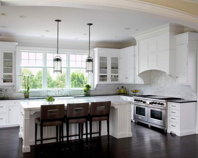 Highland Park New Construction Transitional Kitchen Chicago By Gensburg Toniolo Harting