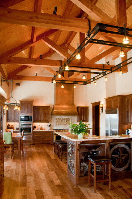 Hill country home timber kingpost traditional for Timber frame kitchen
