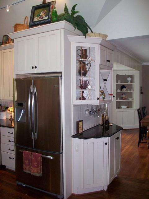 Hillsboro Village area traditional-kitchen