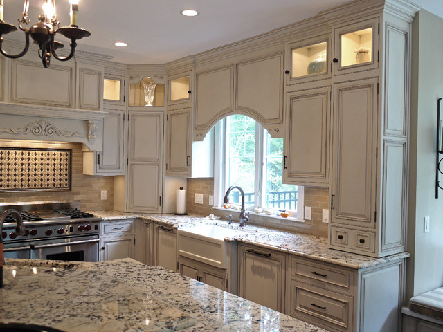 Hingham House traditional-kitchen
