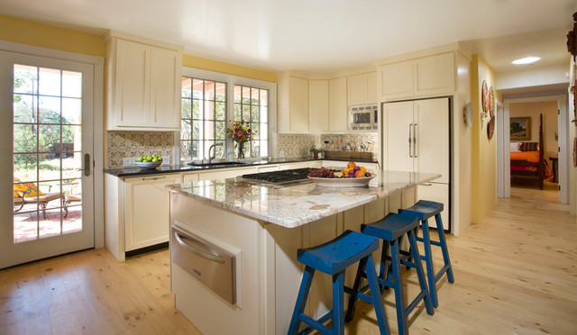 Historic Remodel Santa Fe Traditional Kitchen Albuquerque By Prull Custom Builders