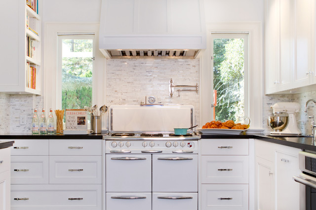 Historical Colonial in Pasadena - Transitional - Kitchen