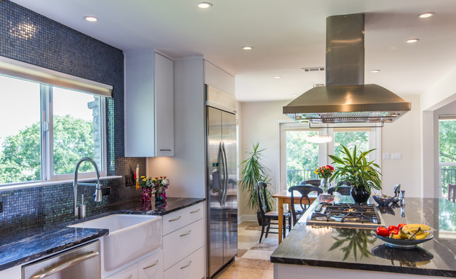 Hobbs' Ink Westlake Contemporary Remodel contemporary-kitchen