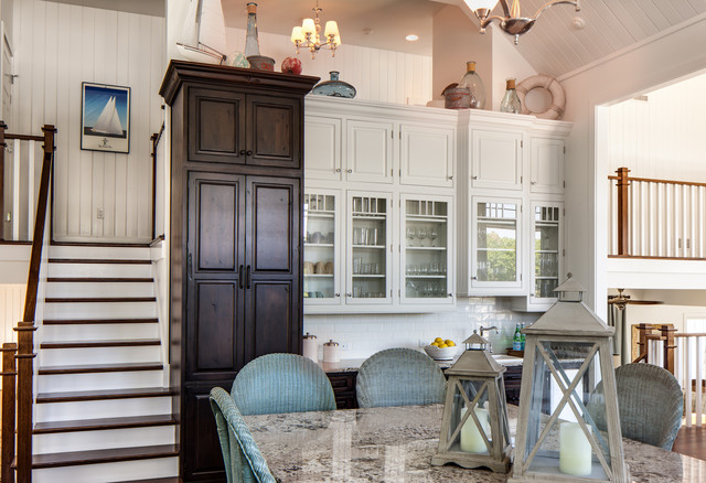traditional kitchen by Dura Supreme Cabinetry