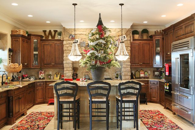 Holiday decor traditional kitchen columbus by for Christmas decorating ideas for kitchen cabinets
