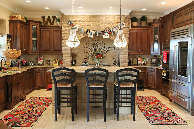 example of a classic kitchen design in columbus with raised panel cabinets granite countertops decorating