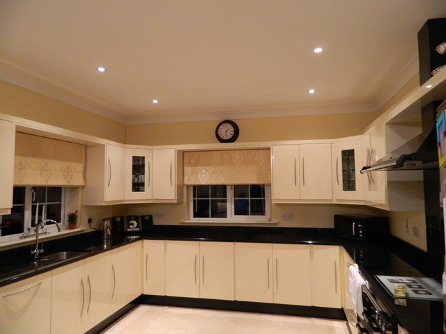 Holiday home wexford ireland traditional kitchen for Traditional kitchens ireland