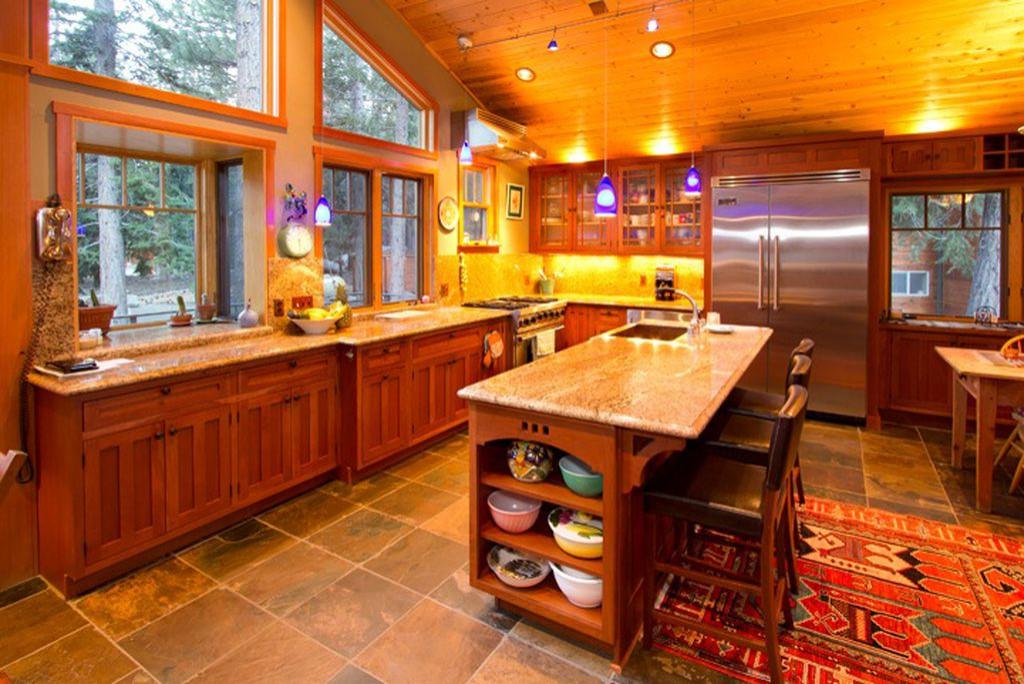 Holiday Vista Kitchen