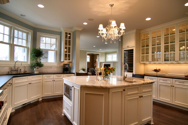 Houzz Traditional Kitchen Backsplash