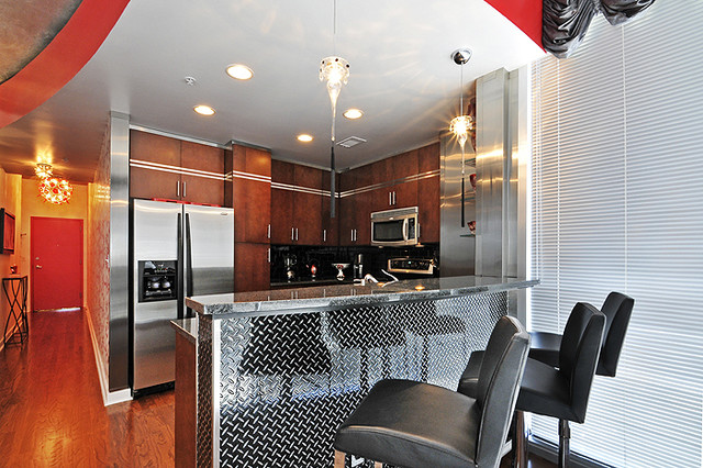 Hollywood Highrise contemporary-kitchen