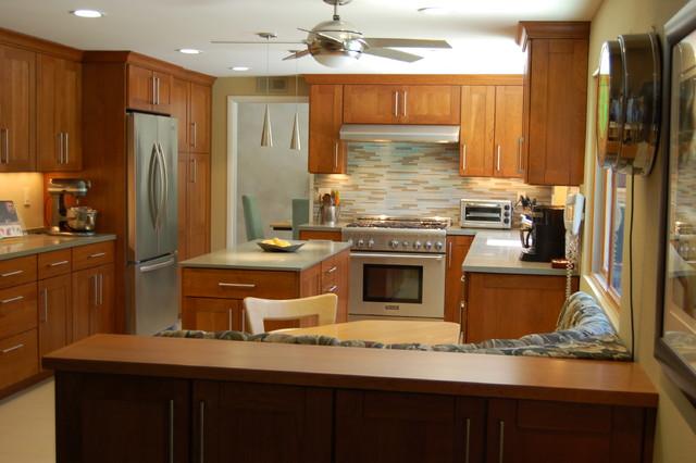 Hollywood Hills Arts & Craft Kitchen