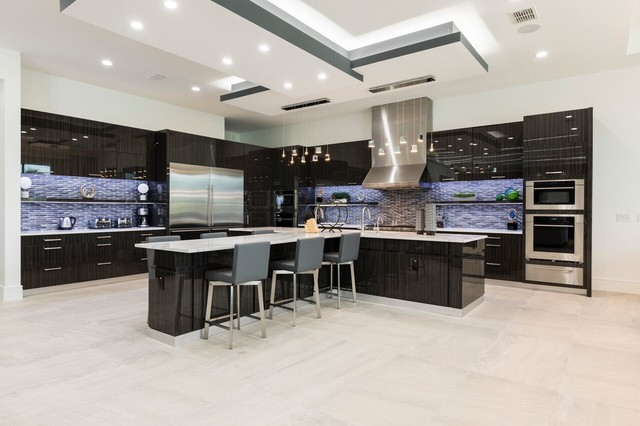 Inspiration for a contemporary kitchen remodel in Orlando