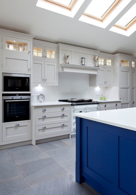 Holywood co down traditional kitchen northern for Traditional kitchens ireland