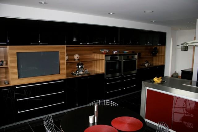 Home Entertainment contemporary-kitchen