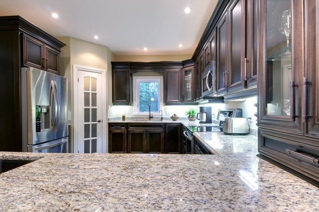 Home in Kincardine ON traditional kitchen
