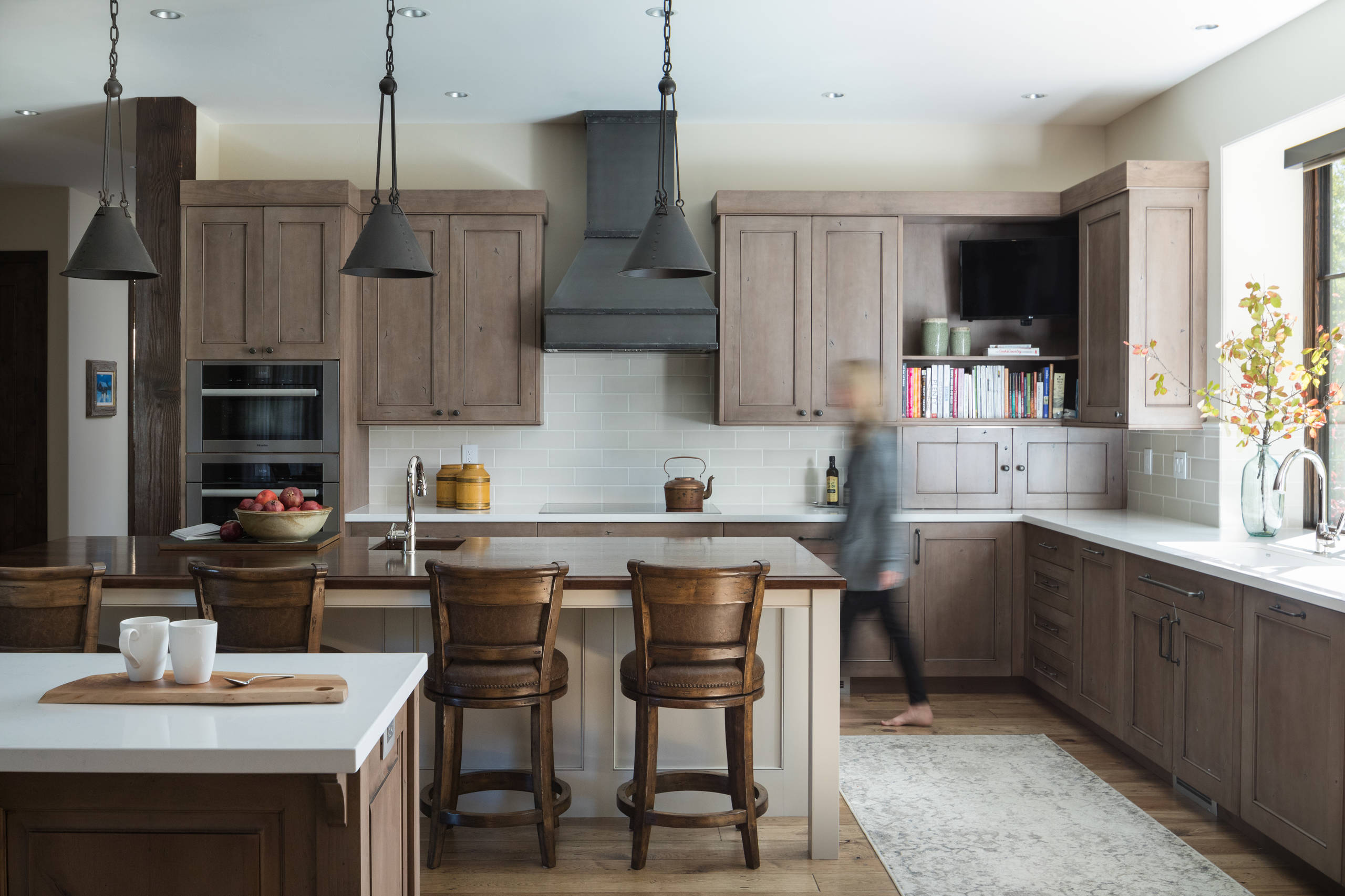 75 Beautiful Kitchen With Brown Cabinets And Gray Backsplash Pictures Ideas December 2020 Houzz