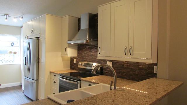 Home Remodeling Tarpon Spring Villa - Farmhouse - Kitchen - tampa - by Andrea Canedo Design