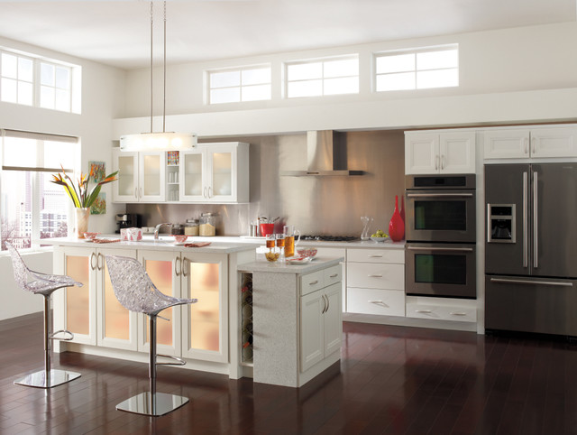 Homecrest Cabinetry: Whitby Purestyle™ White modern-kitchen