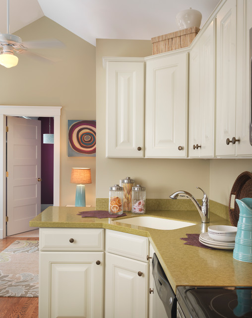 Homes Under 700 sq feet - Contemporary - Kitchen - boston - by Mandeville Canyon Designs