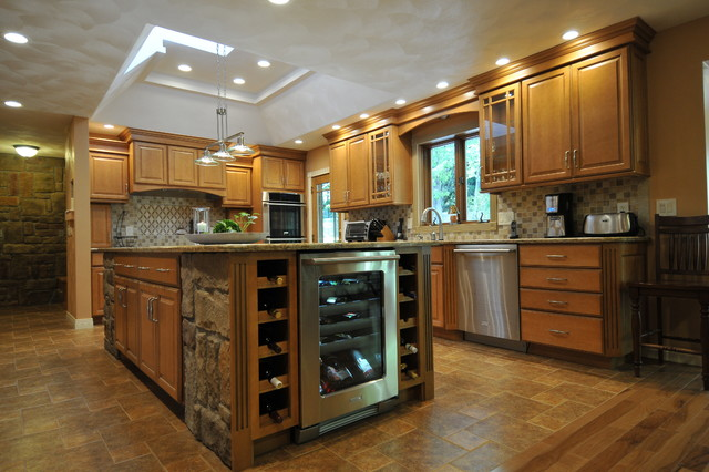 Honey Maple Glaze Traditional Kitchen New York By