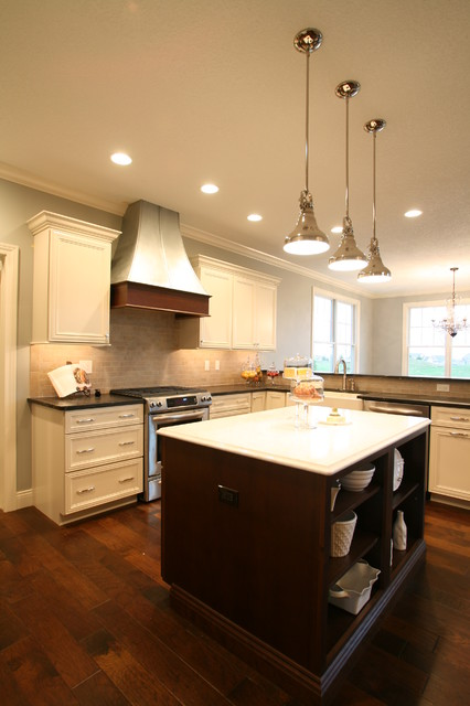 Hoods traditional-kitchen