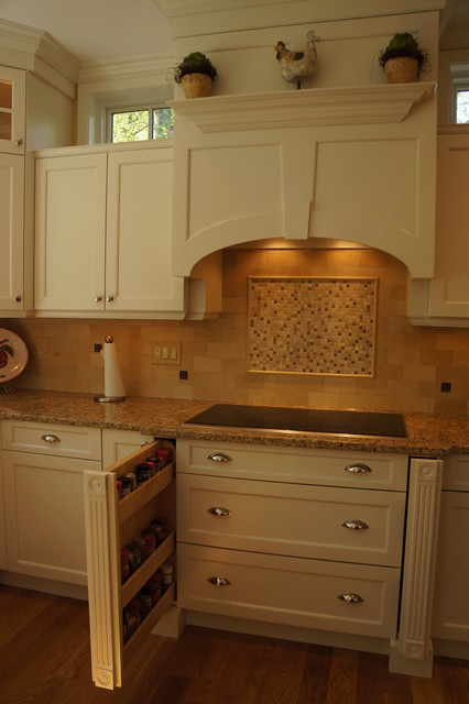 Hopkinton Kitchen traditional-kitchen