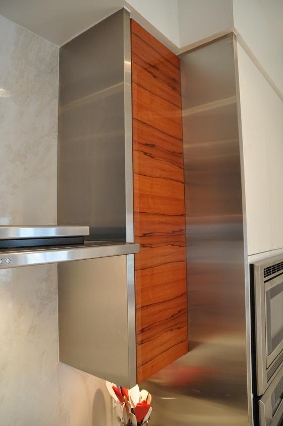 Horizontal Applewood with Stainless Steel