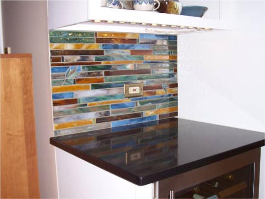 Horizontal tile backsplash for Elegant horizontal glass tile backsplash