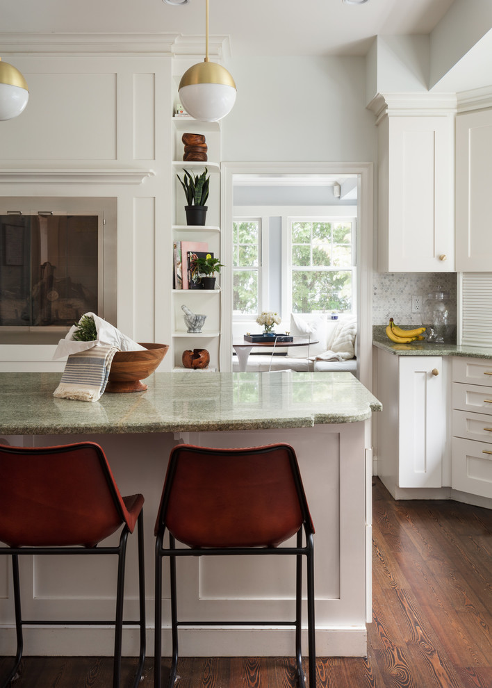 Large trendy kitchen photo in New York